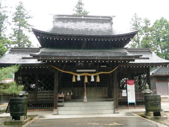 八坂神社本殿1060245.jpg