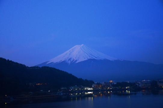 夜明けの富士1220.jpg