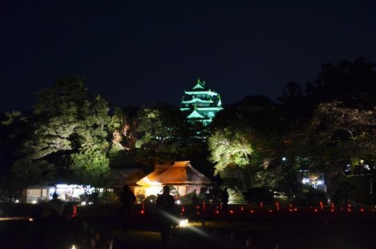 幻想庭園から見た烏城3719.jpg