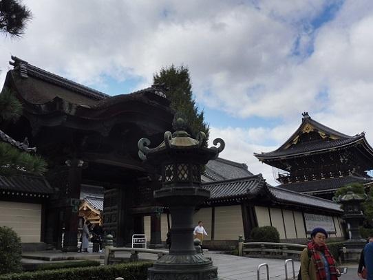 東本願寺1310006.jpg