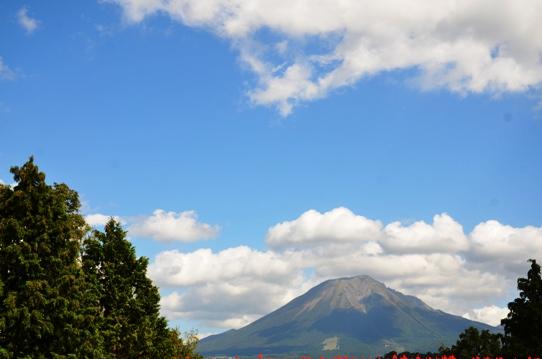 空と大山7492.jpg