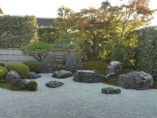 興臨院石庭1310024.jpg